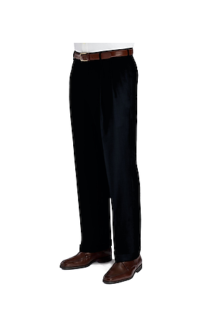 Men's FLYOUT_COLLECTION, Signature Collection Traditional Fit Pleated Front Dress Pants - Big & Tall - Jos A Bank